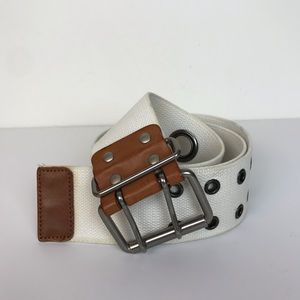 Gap leather and canvas belt